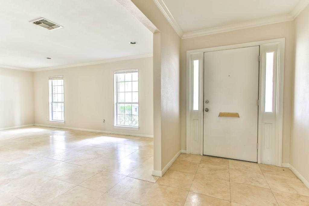 Property for Rent | 3839 Sun Valley Drive Houston, TX 77025 12