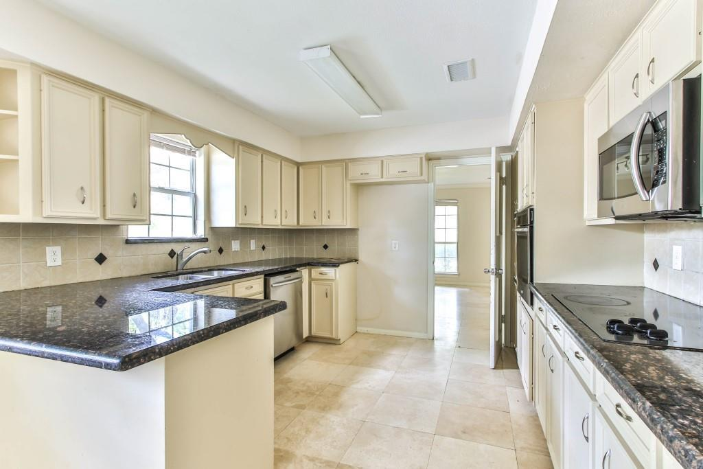 Property for Rent | 3839 Sun Valley Drive Houston, TX 77025 7