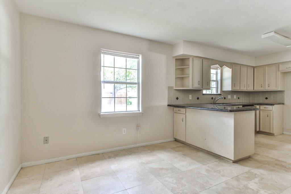 Property for Rent | 3839 Sun Valley Drive Houston, TX 77025 10