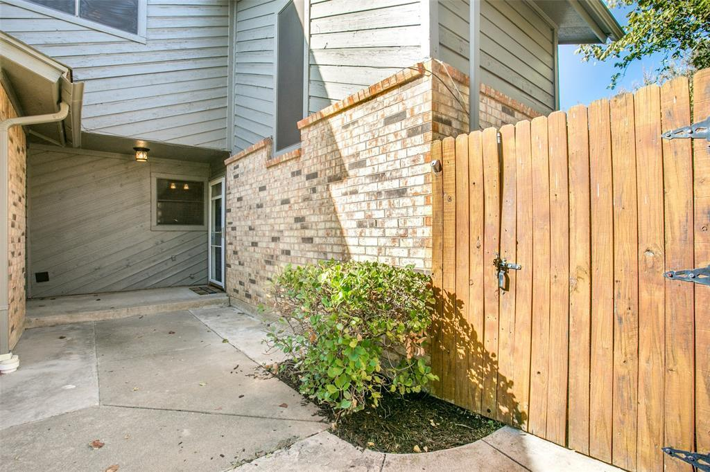 Sold Property | 329 Mountain View Court Bedford, Texas 76021 3
