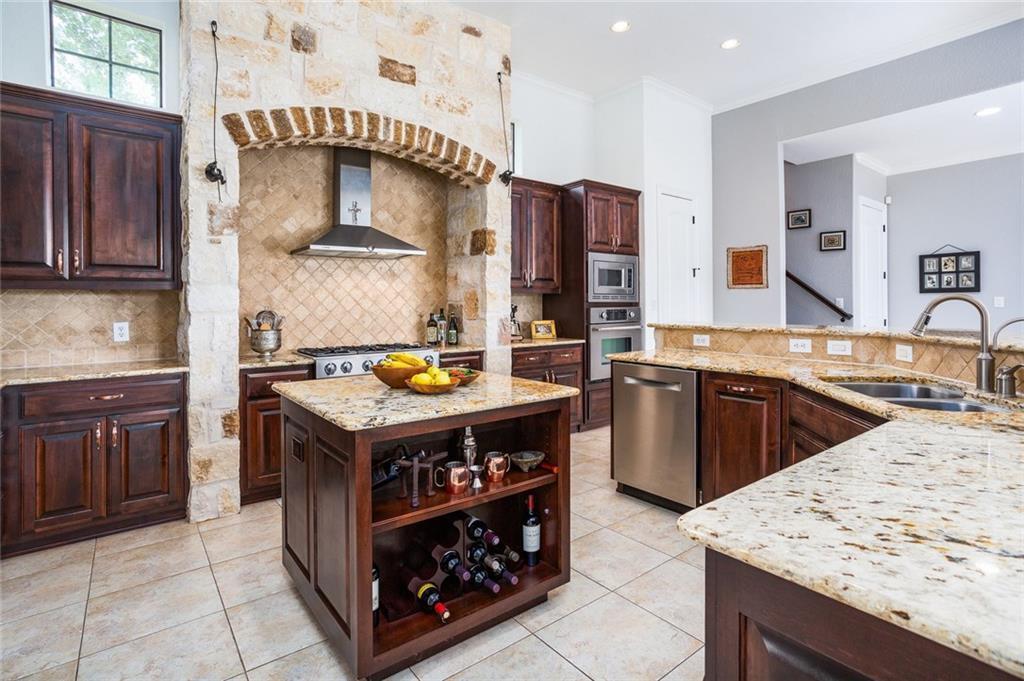 Sold Property | 510 W SHORTCUT PASS Canyon Lake, TX 78133 4