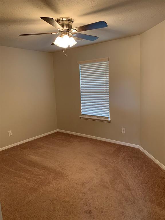 Pending | 4102 New Meadows Court Sugar Land, TX 77479 17