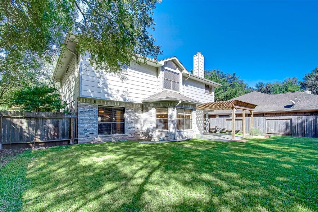 Pending | 4102 New Meadows Court Sugar Land, TX 77479 26
