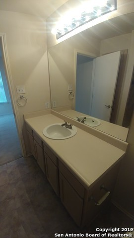 Property for Rent | 2622 Crown Hollow  San Antonio, TX 78251 15