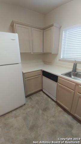 Property for Rent | 2622 Crown Hollow  San Antonio, TX 78251 6