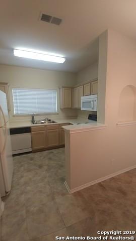 Property for Rent | 2622 Crown Hollow  San Antonio, TX 78251 7