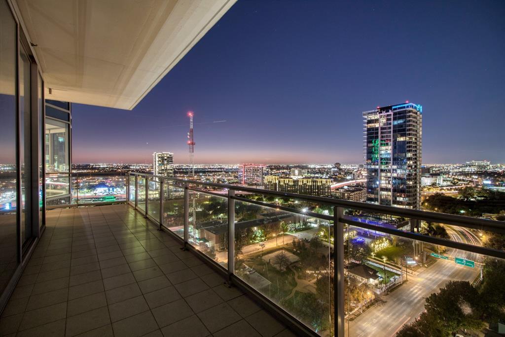 Sold Property | 2900 Mckinnon  #1803 Dallas, TX 75201 2