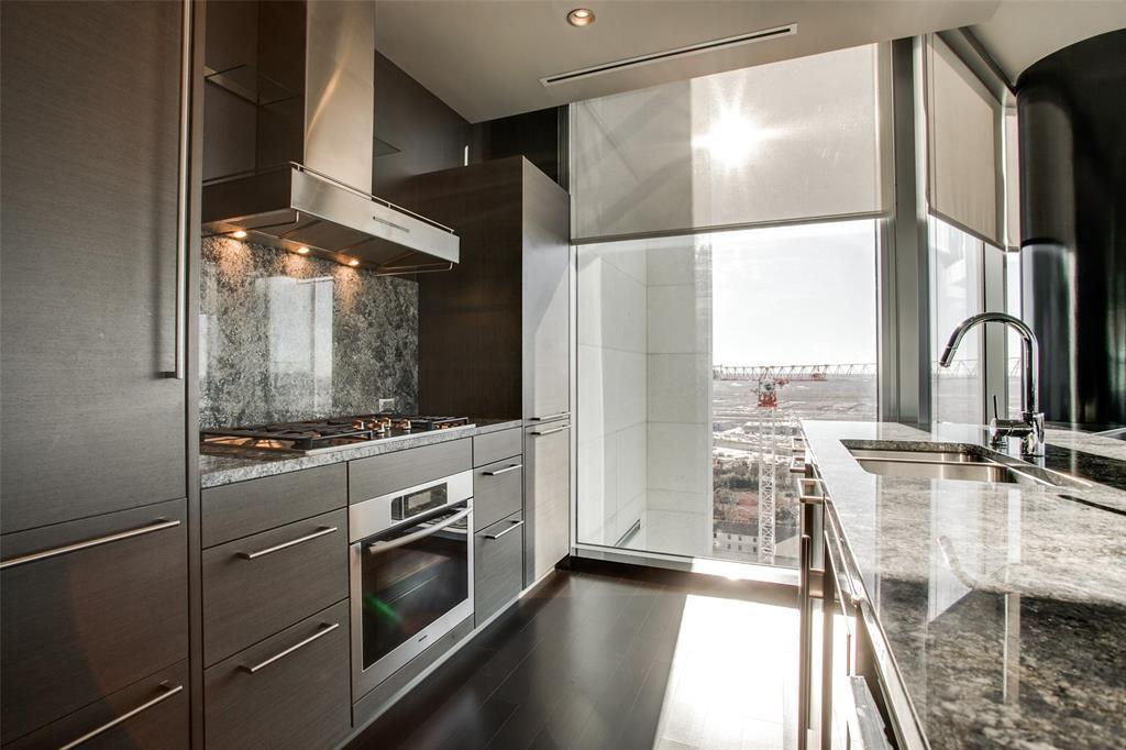 Sold Property | 2900 Mckinnon  #1803 Dallas, TX 75201 8
