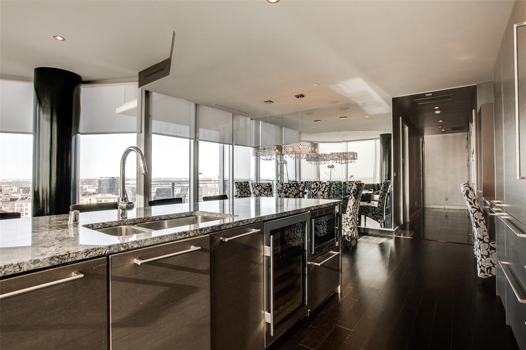 Sold Property | 2900 Mckinnon  #1803 Dallas, TX 75201 10
