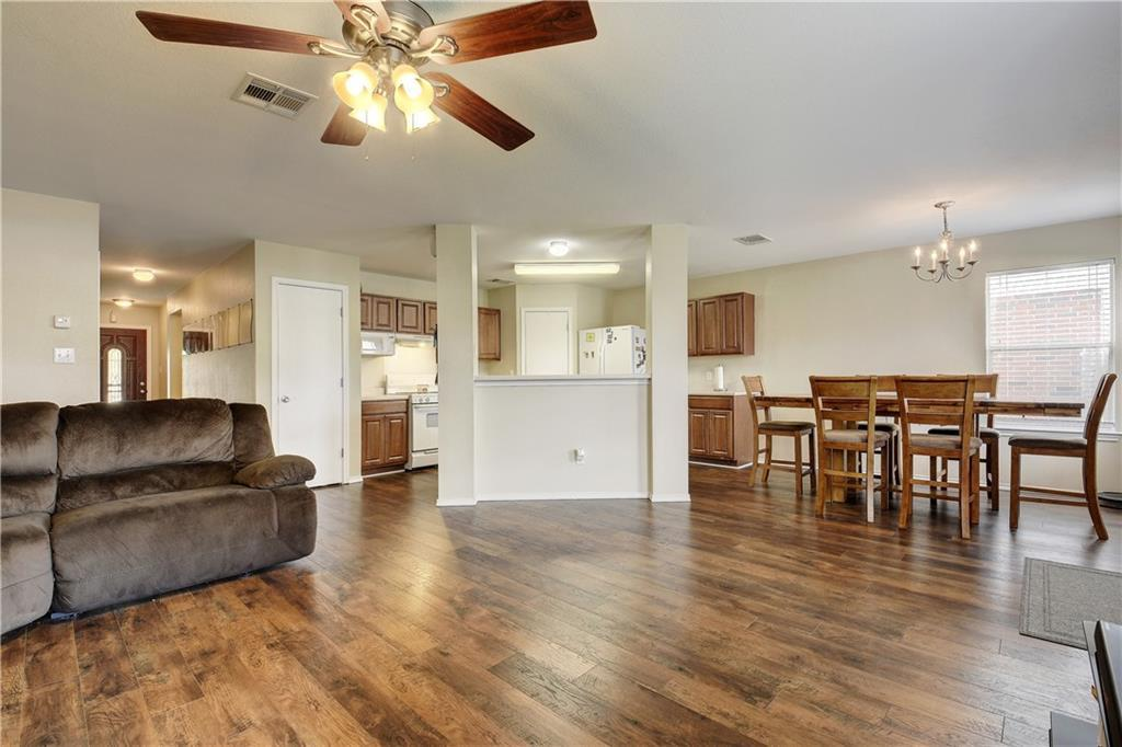 Pending - Taking Backups | 216 Pheasant Trail Bastrop, TX 78602 4