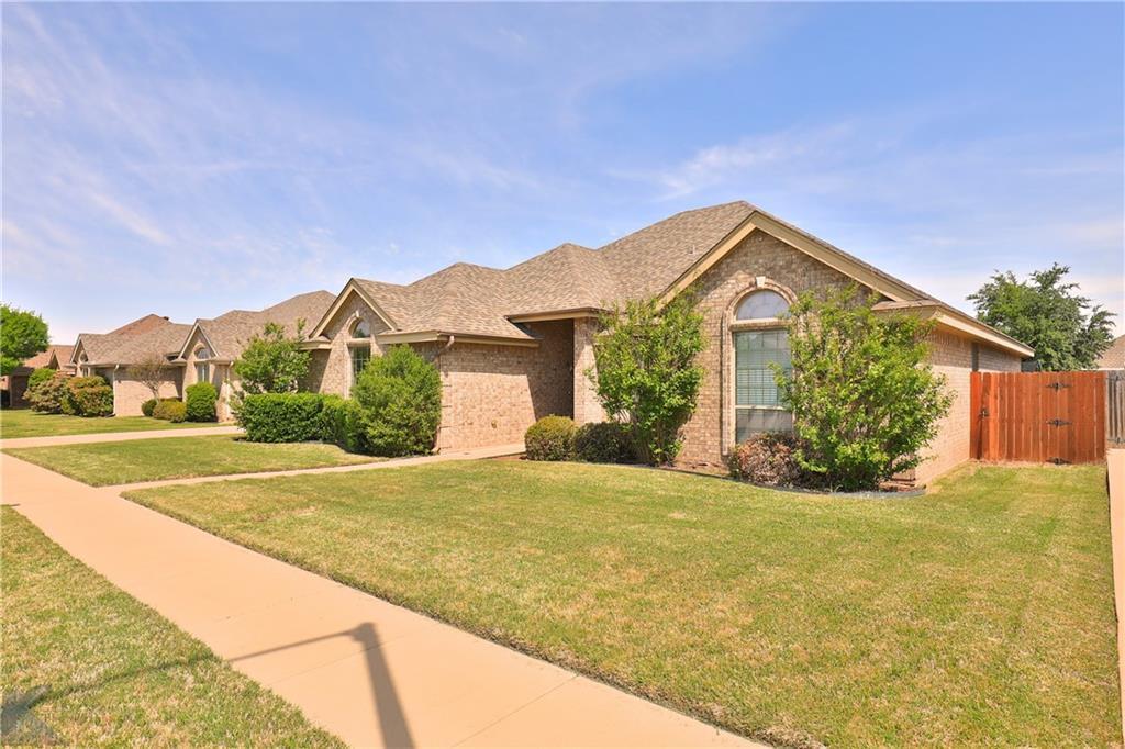Homes for rent in Abilene Texas | 702 Lone Star Drive Abilene, TX 79602 2