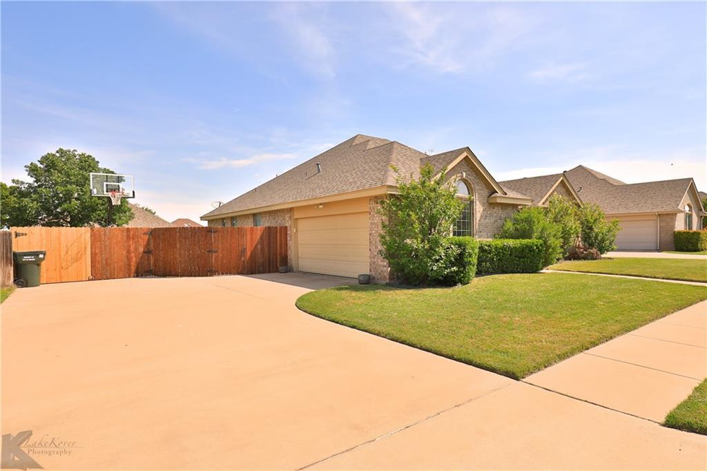 Homes for rent in Abilene Texas | 702 Lone Star Drive Abilene, TX 79602 3