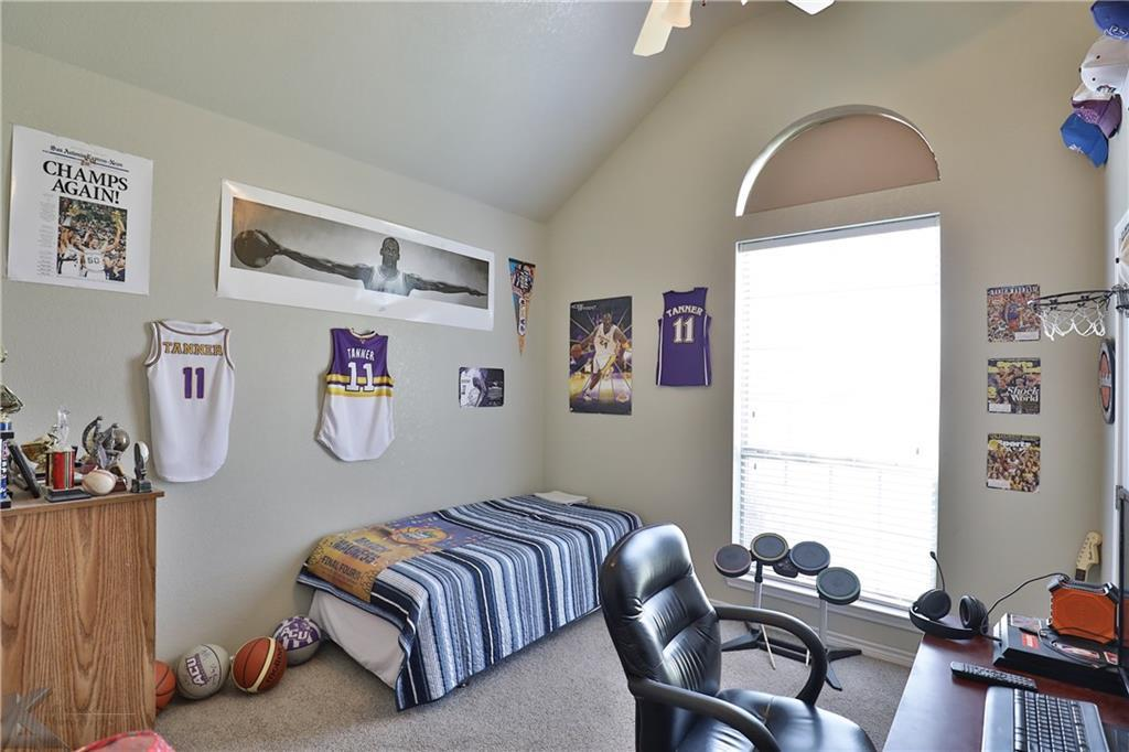Homes for rent in Abilene Texas | 702 Lone Star Drive Abilene, Texas 79602 25
