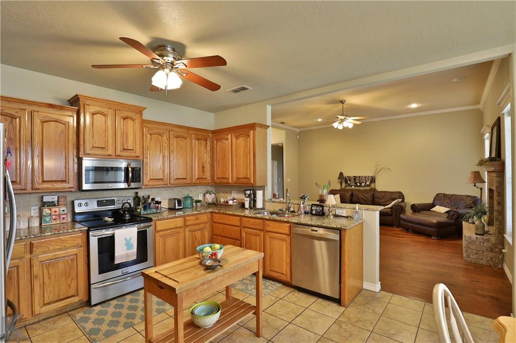 Homes for rent in Abilene Texas | 702 Lone Star Drive Abilene, TX 79602 8