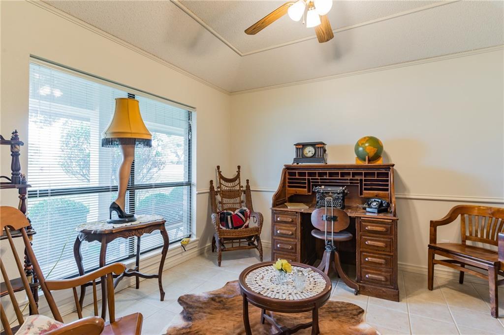 Active   509 E Granite Street Llano, TX 78643 12