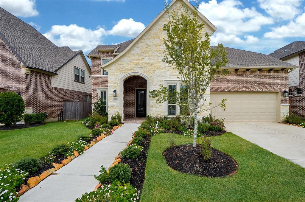 Pending | 10039 Cypress Path Missouri City, TX 77459 2