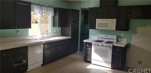 Closed | 44004 Camellia Street Lancaster, CA 93535 6