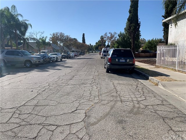 Closed | 376 E 17th Street San Bernardino, CA 92404 15
