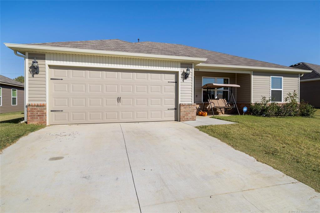 Newer Construction in Broken Arrow | 2818 E Pittsburg Street Broken Arrow, OK 74014 2