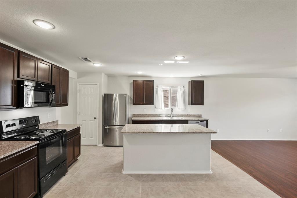 DFW Real Estate | 9909 Dolerite Drive Fort Worth, TX 76131 7