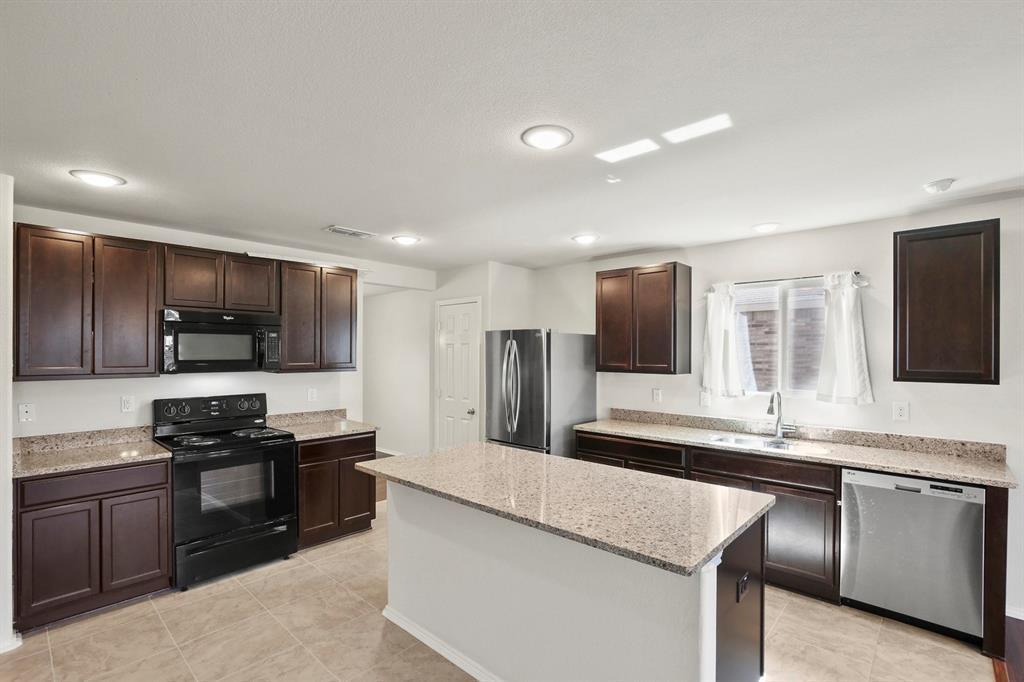 DFW Real Estate | 9909 Dolerite Drive Fort Worth, TX 76131 10