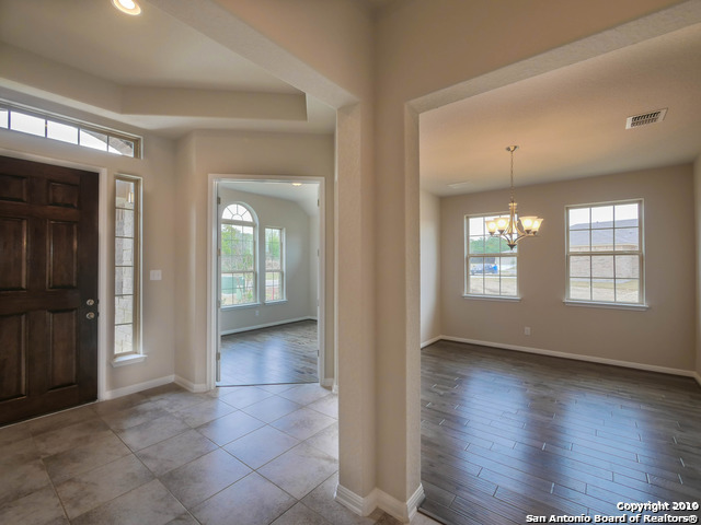 Property for Rent | 10514 NEWCROFT PL  Helotes, TX 78023 2