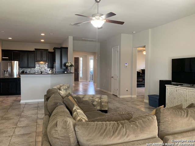 Property for Rent | 10514 NEWCROFT PL  Helotes, TX 78023 4