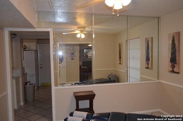 Active Option | 3558 RED OAK LN  San Antonio, TX 78230 8