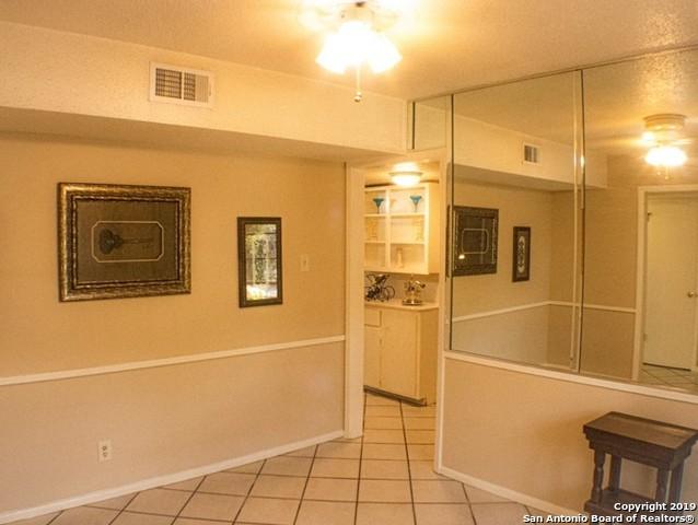 Active Option | 3558 RED OAK LN  San Antonio, TX 78230 9