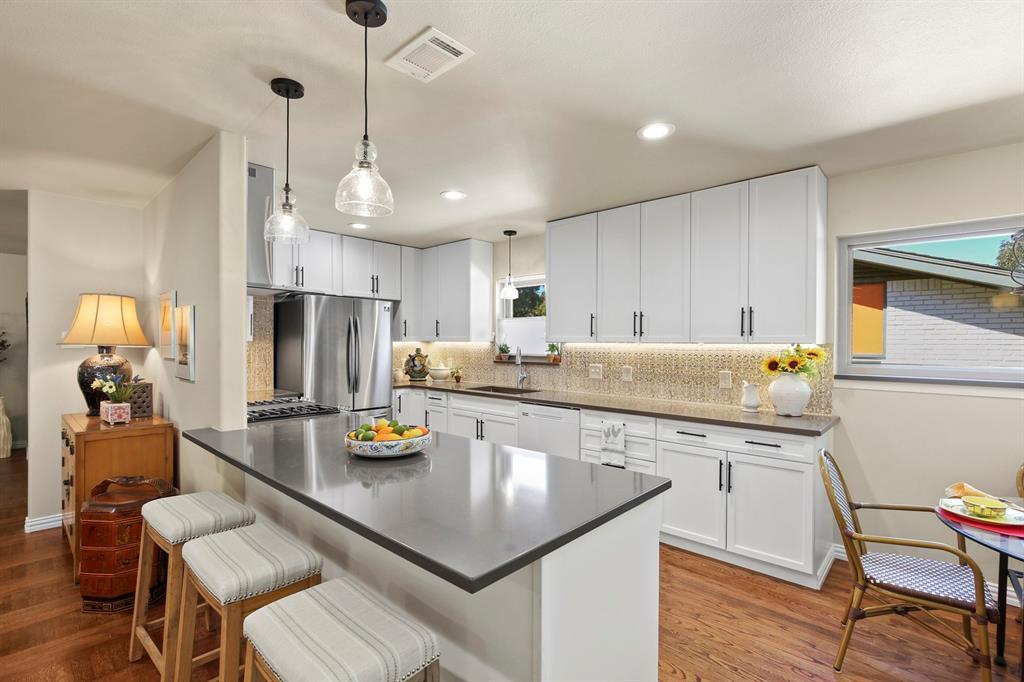 Sold Property   1439 Mapleton Drive Dallas, TX 75228 11