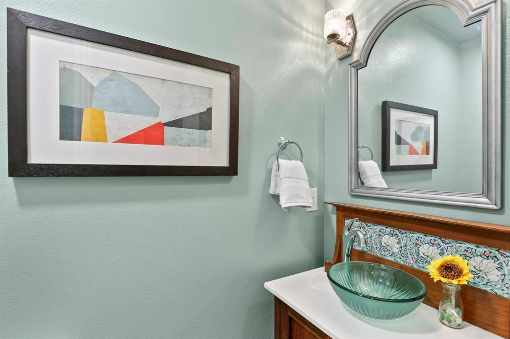 Sold Property   1439 Mapleton Drive Dallas, TX 75228 20