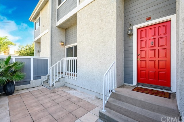 Closed | 1916 Mathews Avenue #B Redondo Beach, CA 90278 2