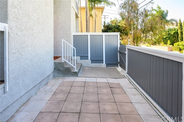 Closed | 1916 Mathews Avenue #B Redondo Beach, CA 90278 10