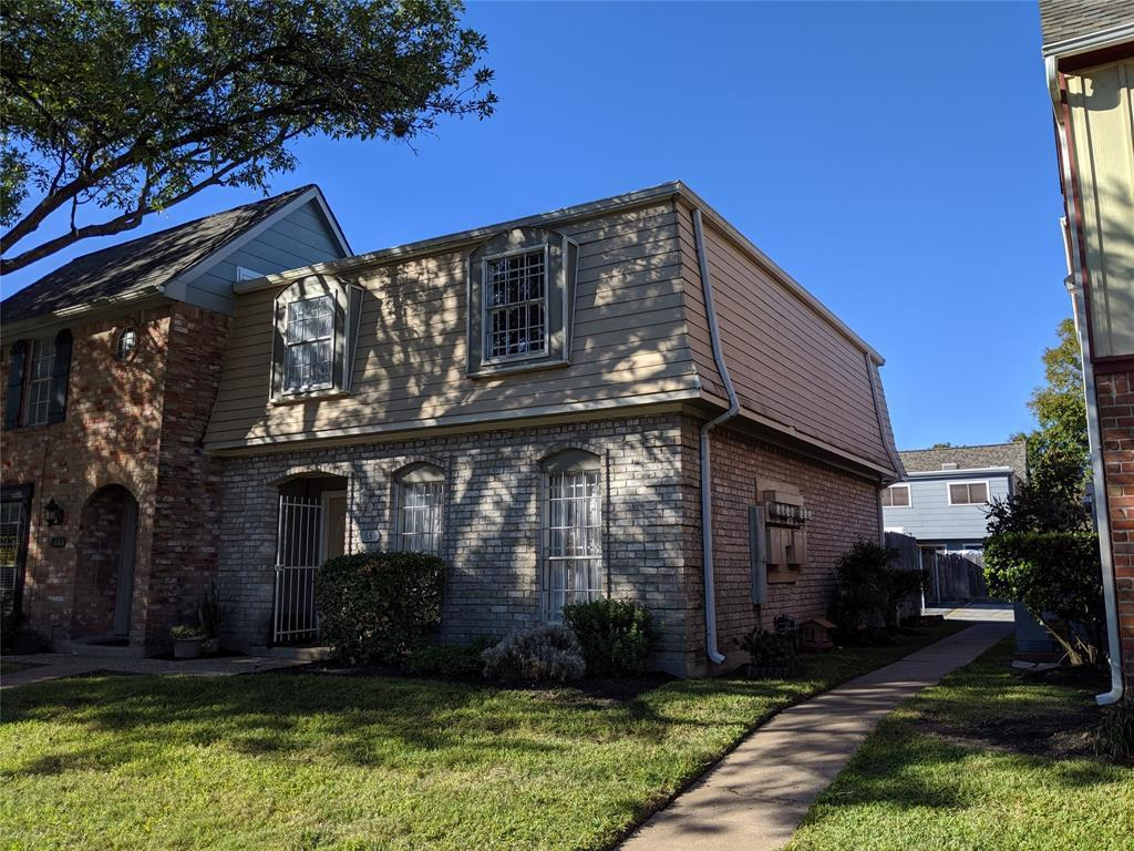 Active | 11002 Hammerly Boulevard #63 Houston, TX 77043 1