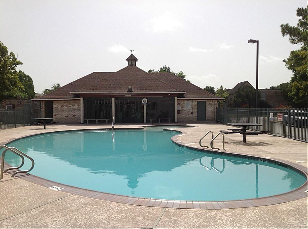 Active | 11002 Hammerly Boulevard #63 Houston, TX 77043 5