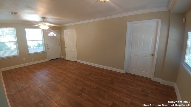 Property for Rent | 128 MARY D AVE  San Antonio, TX 78209 2