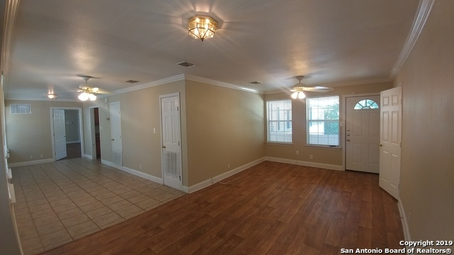 Property for Rent | 128 MARY D AVE  San Antonio, TX 78209 4