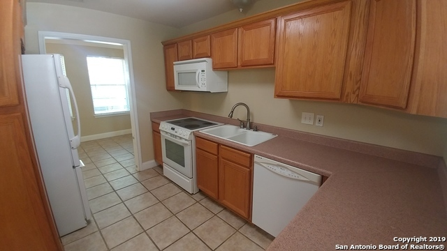 Property for Rent | 128 MARY D AVE  San Antonio, TX 78209 5