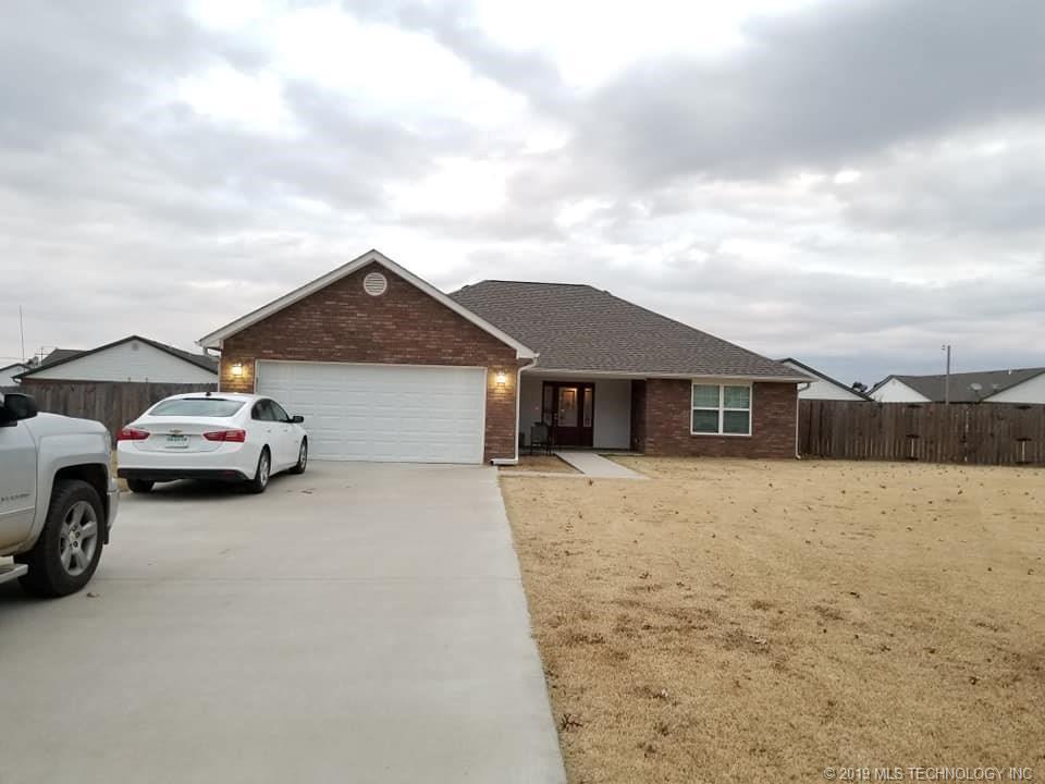 Homes, for sale, pryor, oklahoma, 3 bedrooms, brick | 109 Chukker Drive Pryor, OK 74361 2