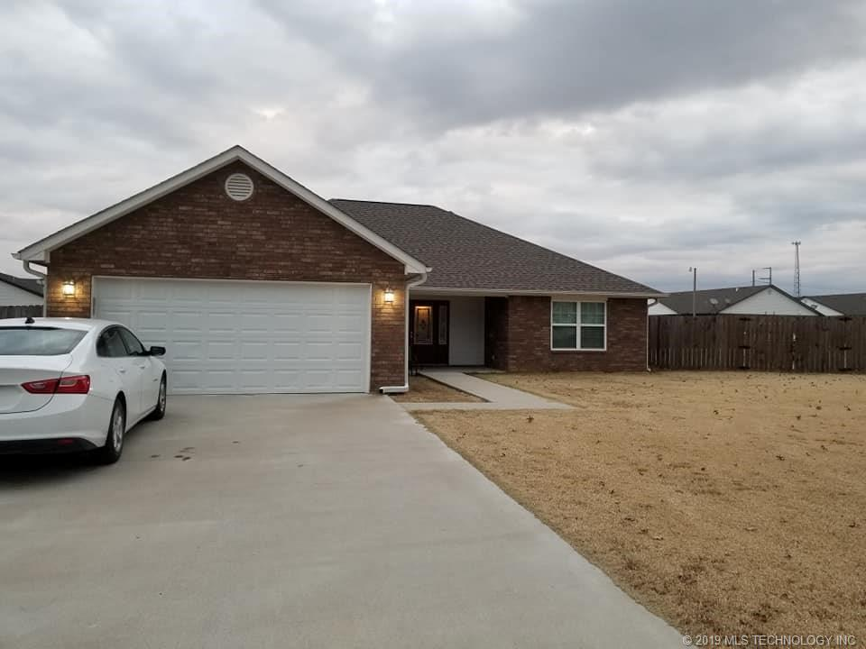 Homes, for sale, pryor, oklahoma, 3 bedrooms, brick | 109 Chukker Drive Pryor, OK 74361 3