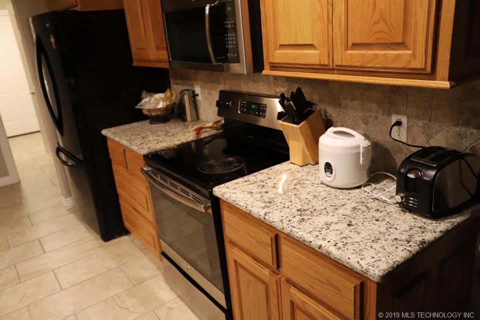 Homes, for sale, pryor, oklahoma, 3 bedrooms, brick | 109 Chukker Drive Pryor, OK 74361 12