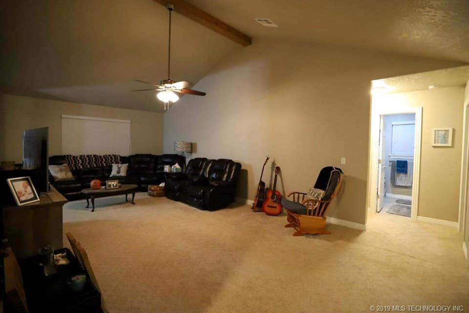 Homes, for sale, pryor, oklahoma, 3 bedrooms, brick | 109 Chukker Drive Pryor, OK 74361 4