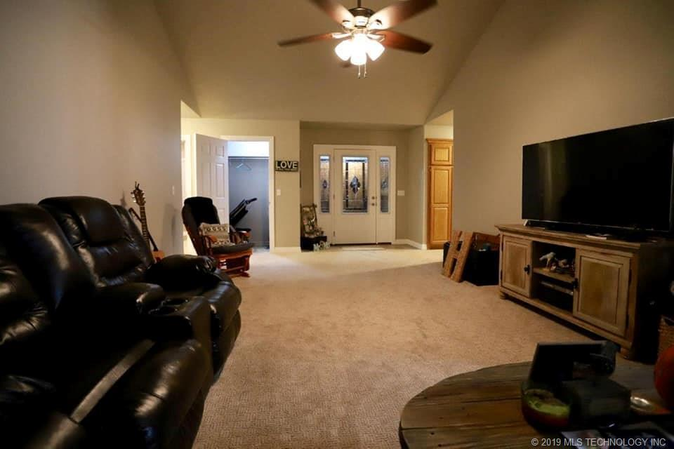 Homes, for sale, pryor, oklahoma, 3 bedrooms, brick | 109 Chukker Drive Pryor, OK 74361 9