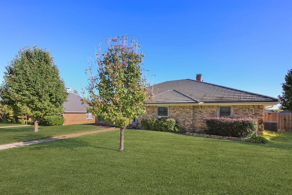 Sold Property   1118 Stonewall Street Garland, TX 75043 3