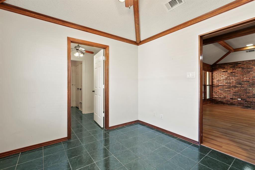 Sold Property   1118 Stonewall Street Garland, TX 75043 13