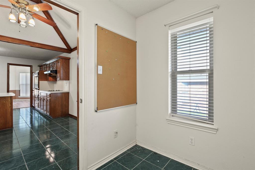 Sold Property   1118 Stonewall Street Garland, TX 75043 14