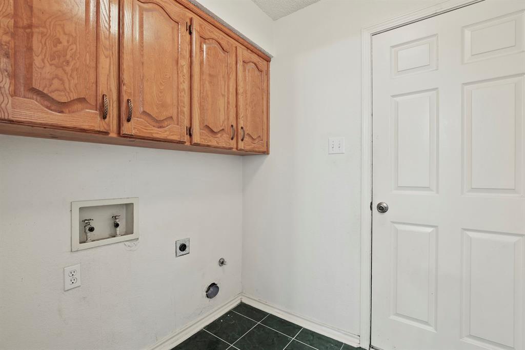 Sold Property   1118 Stonewall Street Garland, TX 75043 15