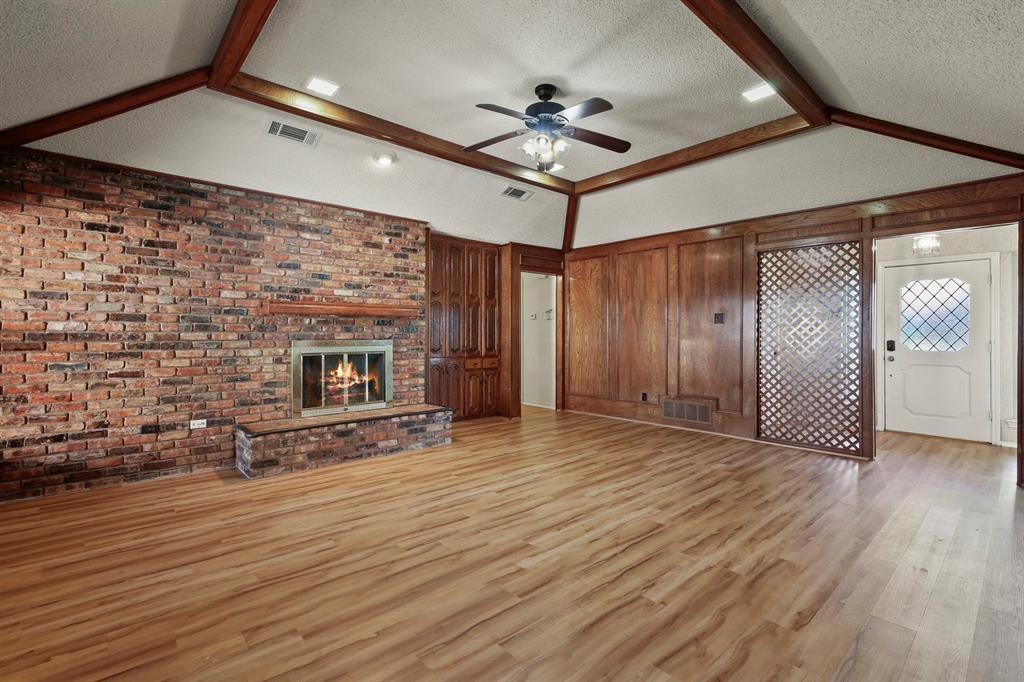 Sold Property   1118 Stonewall Street Garland, TX 75043 16
