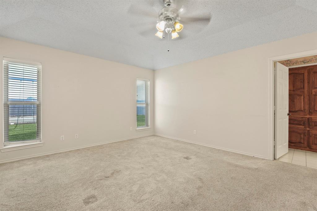 Sold Property   1118 Stonewall Street Garland, TX 75043 21