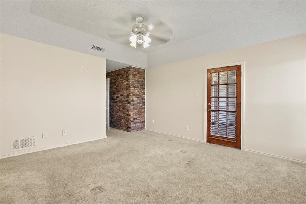 Sold Property   1118 Stonewall Street Garland, TX 75043 22